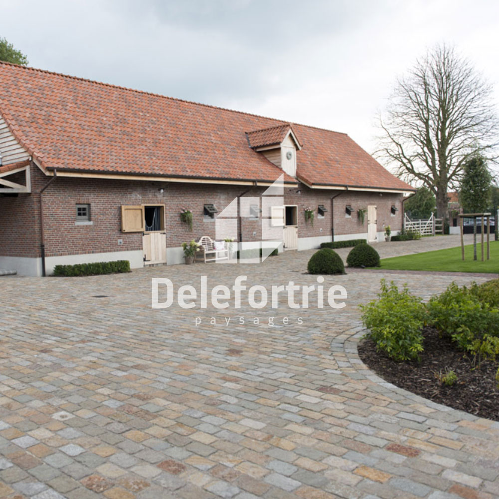 Am nagement ext rieur d 39 entr e de maison delefortrie for Amenagement cour exterieur maison